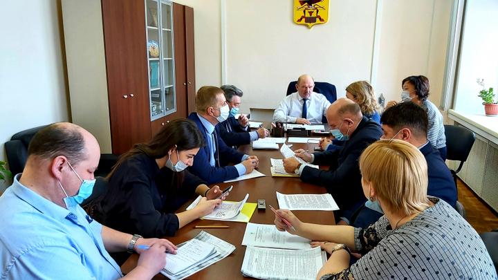 Депутаты краевого заксобрания заинтересовались навозом