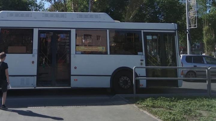 Самарцы требуют увеличить количество автобусов №1 и 67: скоро будем как в Индии на крышах ездить!