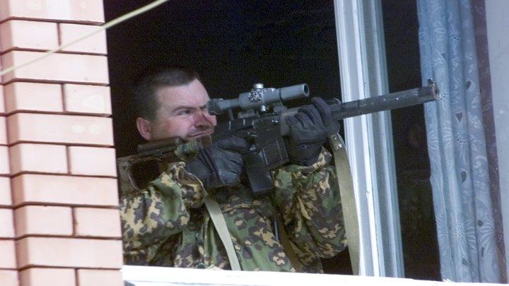 Стадион, где пройдут дебаты Порошенко и Зеленского, взяли под прицел снайперы