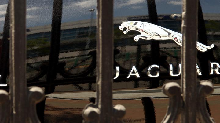 Jaguar показал публике свой ответ Mercedes-AMG S63