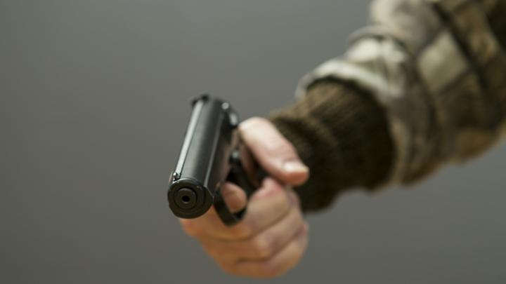 Прямо у детской площадки в Москве: высокопоставленного силовика не взяли 17 пуль. Был конфликт с ингушской сектой