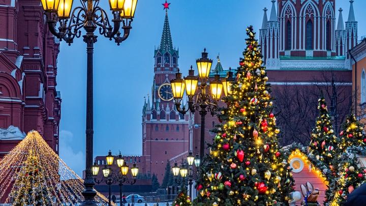 Речь о полном локдауне не идёт, но: Новый год вне дома придётся встречать днём - власти Москвы