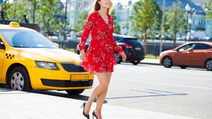 Низкая стоимость такси в России сделала личный автомобиль невыгодным - HSBC