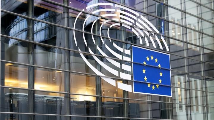 Европарламент готов рекомендовать прекращение договора о сотрудничестве с Россией