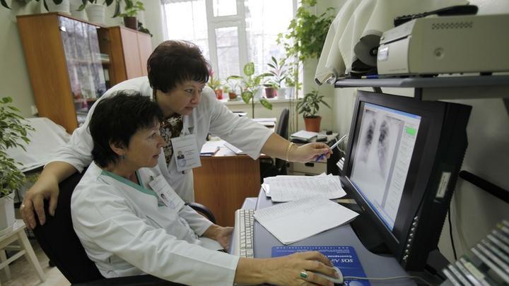 Молодость - не гарантия: Врач показал, во что коронавирус может превратить лёгкие пациентов