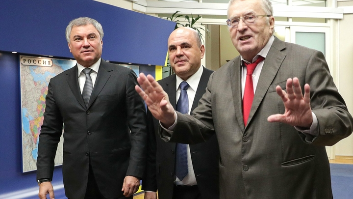 Мишустин отбил придирки Жириновского по поводу маски на заседании Госдумы