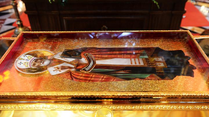 Более 105 миллионов человек хотели бы поклониться мощам Николая Чудотворца