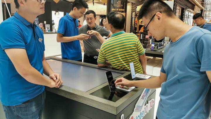 В Сети провели соревнование смартфонов: Именитый кореец победил, а едва вышедший на рынок китаец остался не у дел