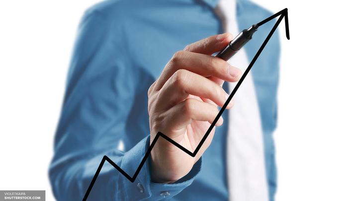 Доллар и евро растут на открытии торгов Московской биржи