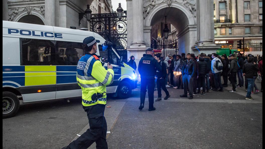 Скотланд-Ярд объявил о задержании 12 подозреваемых по делу о терактах в Лондоне