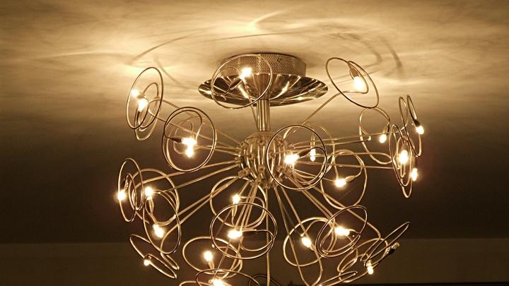 В нескольких районах Петербурга и Ленинградской области 14 июня из-за ремонтных работ отключат свет