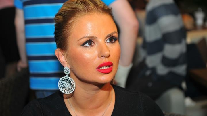 Нищеброд мне не нужен: Анна Семенович назвала свои главные требования к будущему мужу