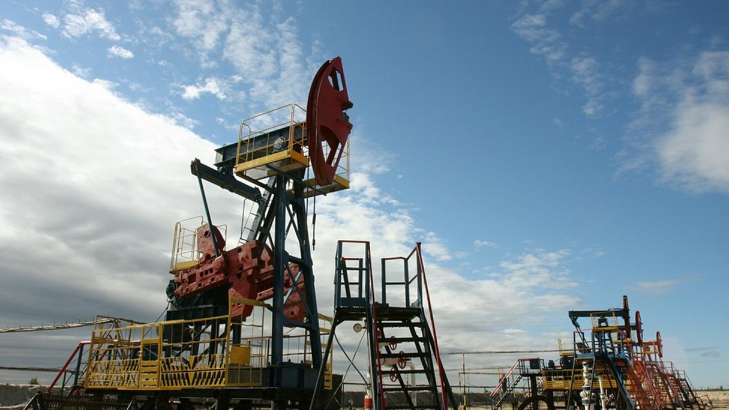 Нефть дорожает наинформации о понижении числа буровых установок вСША