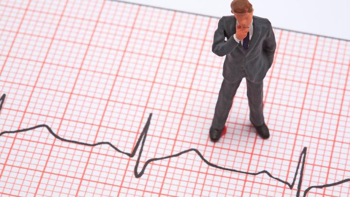 COVID-19 протекает драматичнее: Светило кардиологии дал важную рекомендацию для тех, кому за 40