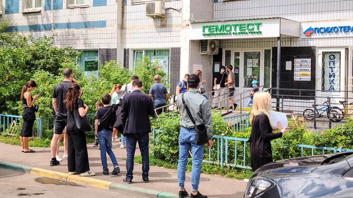 Петербуржцы сделали более 37 тысяч ПЦР-тестов на COVID-19 за минувшие сутки