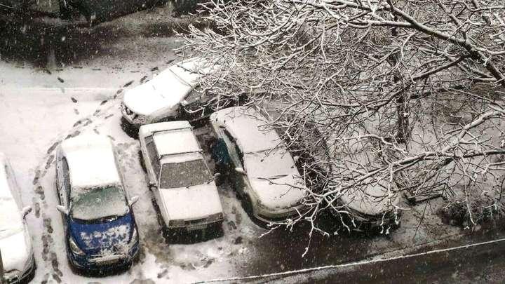 На Кубани объявили экстренное предупреждение из-за сильных снегопадов