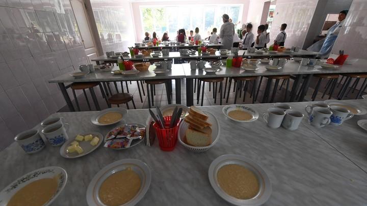 В Челябинской области заведующая школьной столовой воровала детские деньги