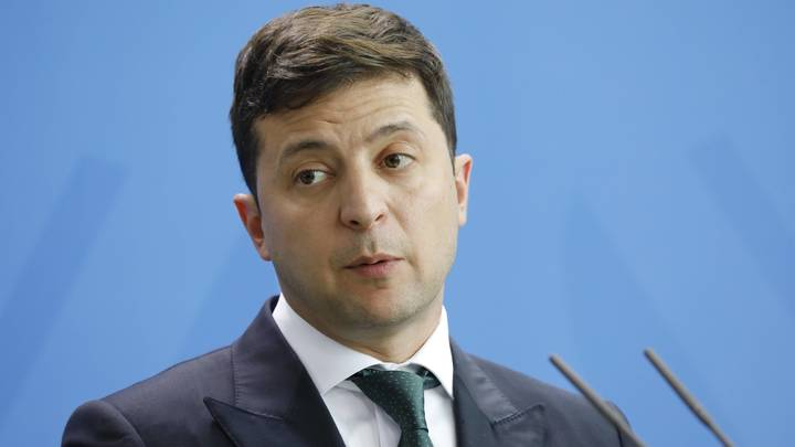 Решение Зеленского о роспуске Рады признали конституционным, но это не точно