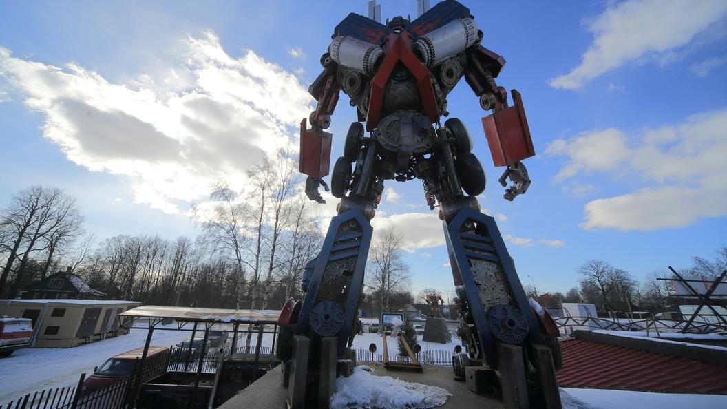 Инженеры США собрали гигантского боевого робота из научной фантастики