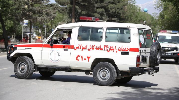 Взрыв был направлен на журналистов: Фотограф AFP стал жертвой второго теракта в Кабуле