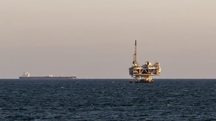 Новая нефтяная война? США возьмёт в осаду армада танкеров из Саудовской Аравии - СМИ