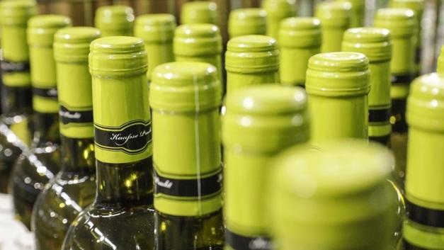 Российский Минфин сохранит минимальные розничные цены на алкоголь
