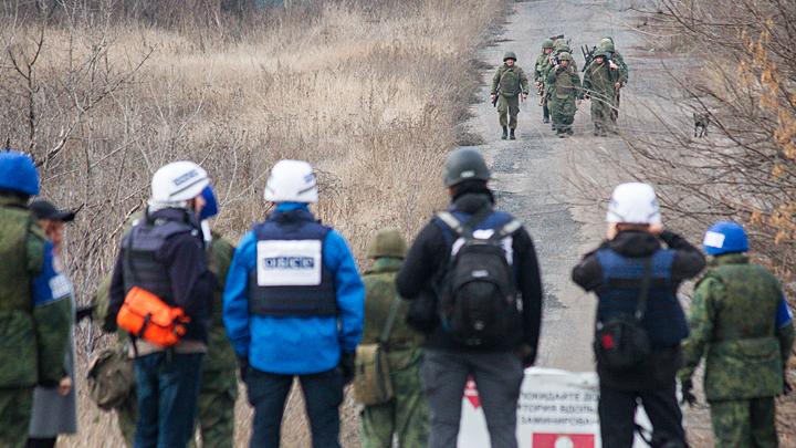 Ни обмена пленными, ни новых КПП: Киев сорвал переговоры контактной группы по Донбассу