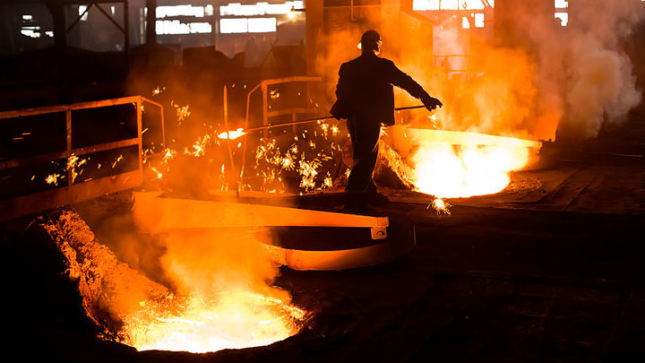 Как металлургия стала самой выгодной отраслью в России
