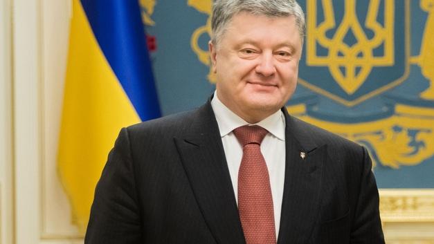 Готов ждать: Порошенко зазывает в гости избранного финнами президента