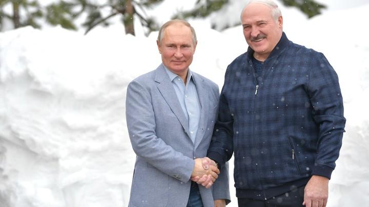 Большая работа: Стало известно, что Путин и Лукашенко обсудили по телефону