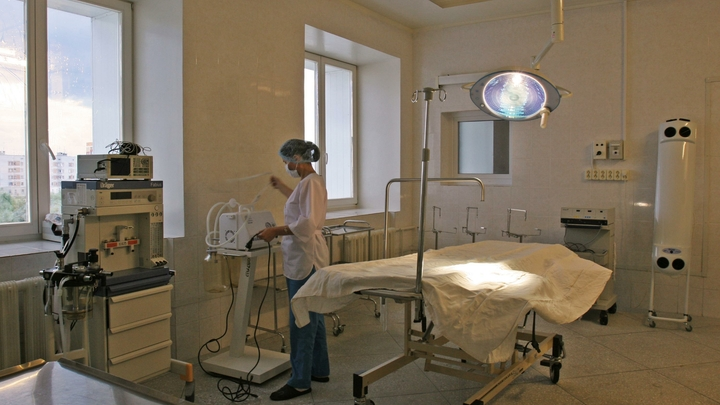 Посмотрите на себя: Чиновница нахамила на встрече с врачами больницы, на которую пожаловались Путину
