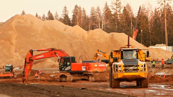 Казань брал – зарплату не брал: Строители трассы М-12 объявили забастовку