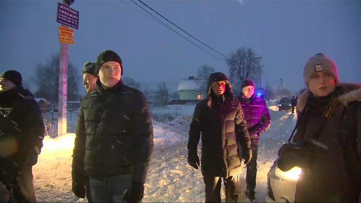 Сложный рельеф, плохая погода: Спасатели рассказали о работах на месте крушения Ан-148