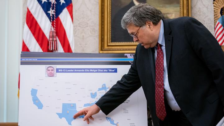 Министр юстиции США выдал взрывную сенсацию о Рашагейте