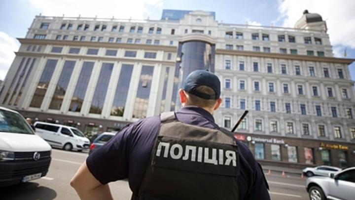 Гордон дал гневную отповедь за действующего офицера России в Киеве. Ведущий не сдержался
