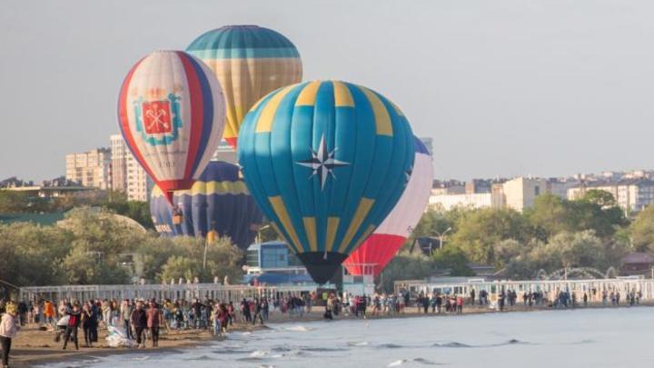 В Анапе приостановили фестиваль воздушных шаров «А.море фест»