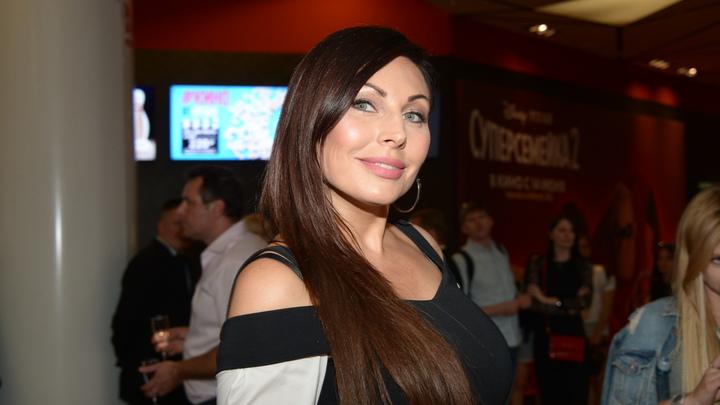 Возьмите палки побольше: Бывший муж Бочкарёвой предложил журналистам добить актрису