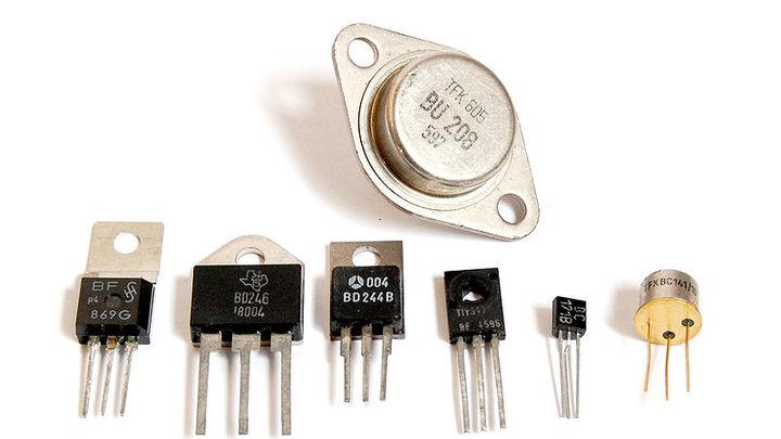 Ученые впервые изобрели транзистор, питающийся теплом