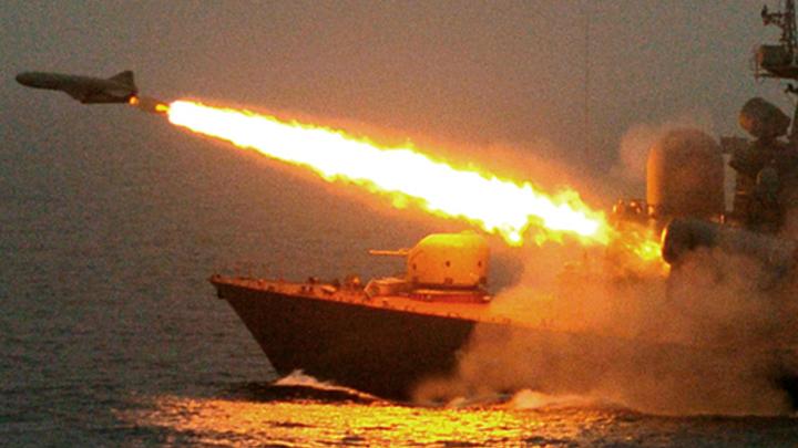 В Японском море российский ракетный катер взломал артиллерийский щит условного противника