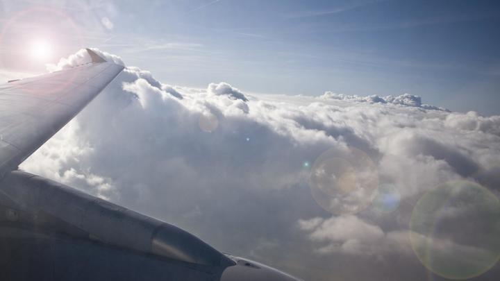 Летящий из Москвы в Екатеринбург борт получил анонимку о минировании