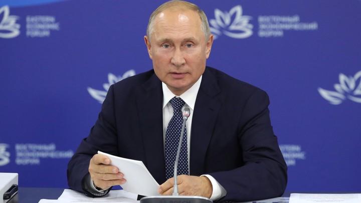 Малайзия ждет Путина в гости: Премьер Махатхир Мохамад заявил, что был бы рад российскому президенту