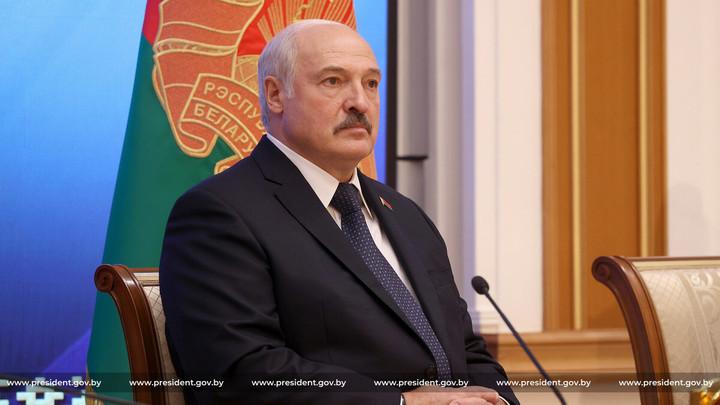 В КГБ Беларуси не исключили применение Западом военной силы для смены власти в республике