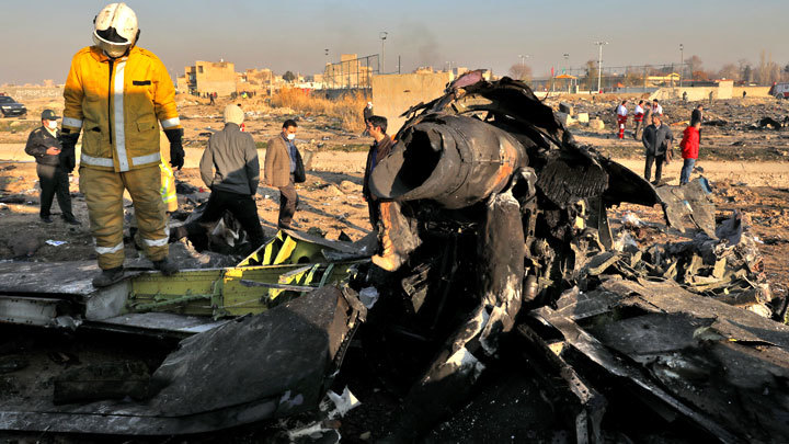 Крушение украинского «Боинга» в Иране: Ракетная атака, теракт на борту, ошибка пилота или технический сбой