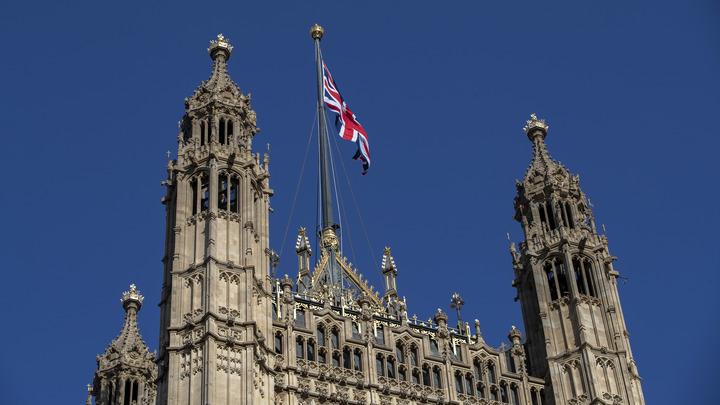 MI5 выступила против русских хакеров: Британские спецслужбы проводят спешную операцию по защите гаджетов политиков