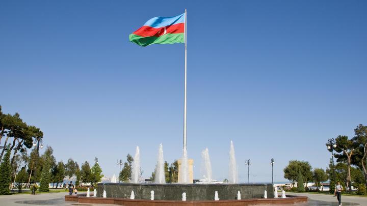 Азербайджан снимает барьеры на въезд в Россию