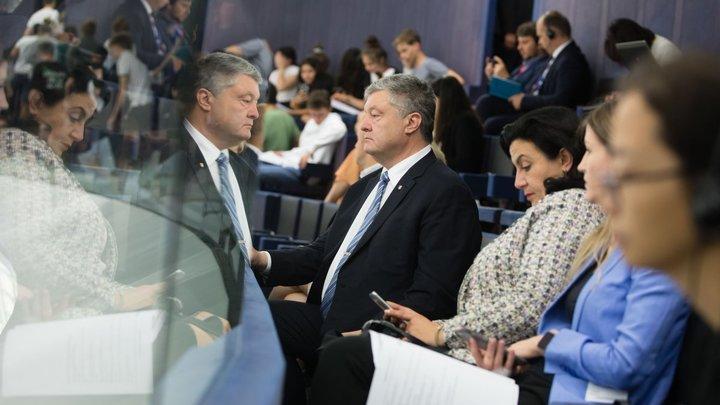 Порошенко переобулся в воздухе: Экс-президент Украины готов без спроса присоединиться к Зеленскому