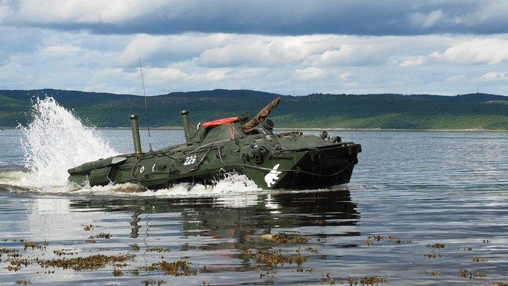 Морпехи Севфлота посрамили Украину и НАТО мастер-классом в Кольском заливе - видео
