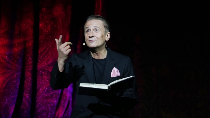 В театре Ермоловой объяснили внезапную отмену спектаклей с Меньшиковым