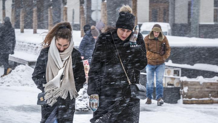 Синоптики: Сегодня в Москве будут сильные морозы, метель и ветер
