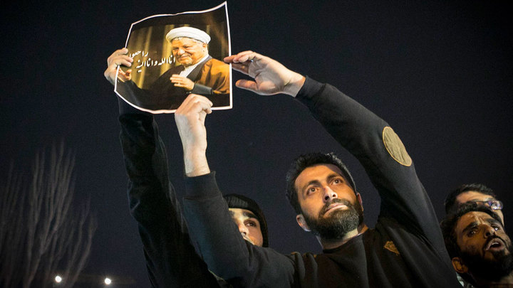 Иран хоронит серого кардинала